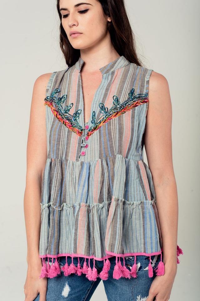Mouwloze blouse met kwastjes en borduursels in grijs