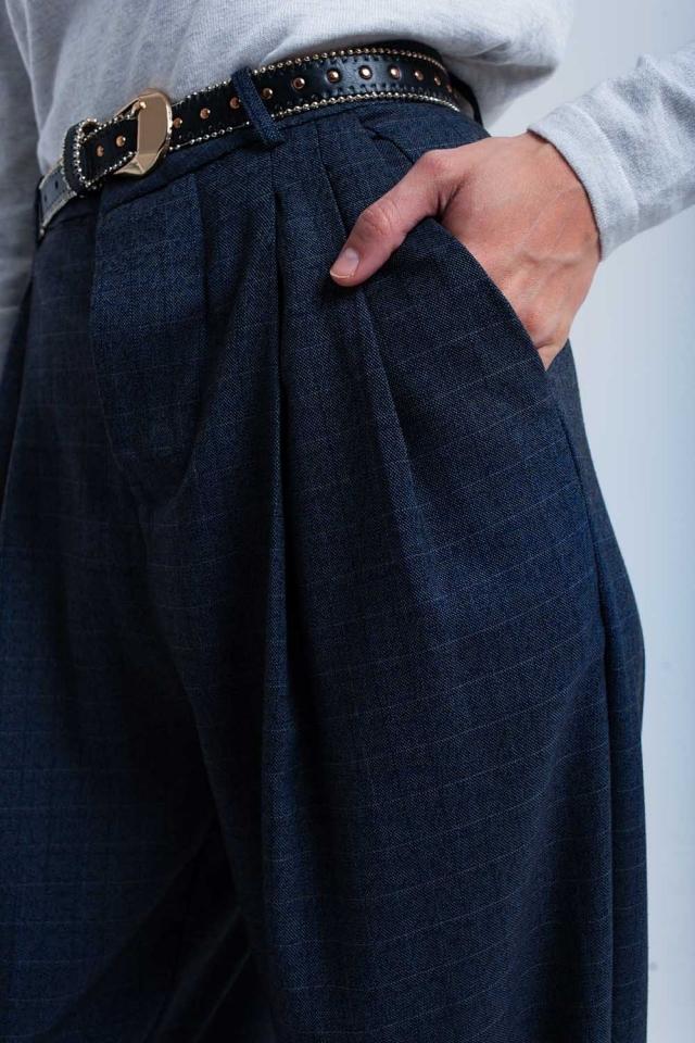 Gray tartan pattern pants