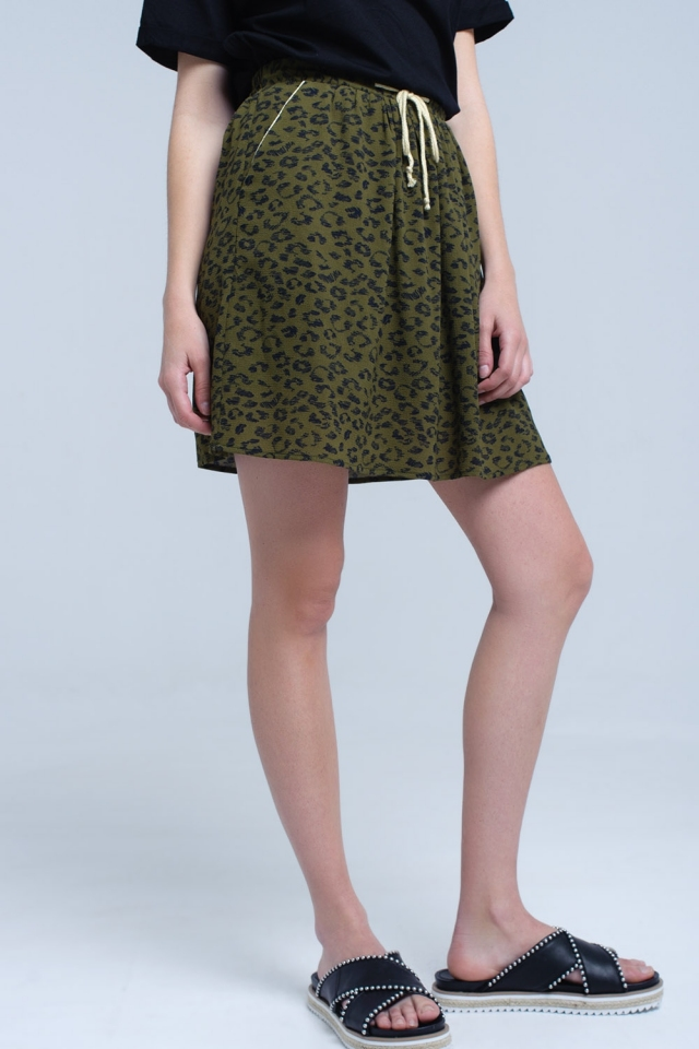 Green printed mini skirt with contrast trim