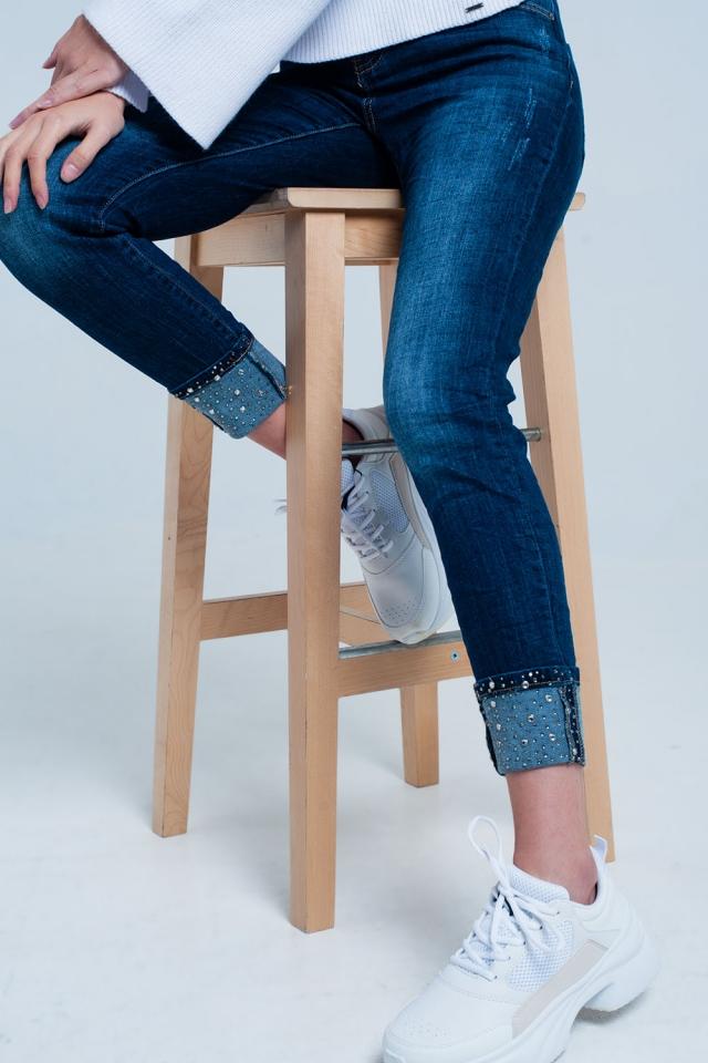 Donker Gewassen Jeans met strass Details