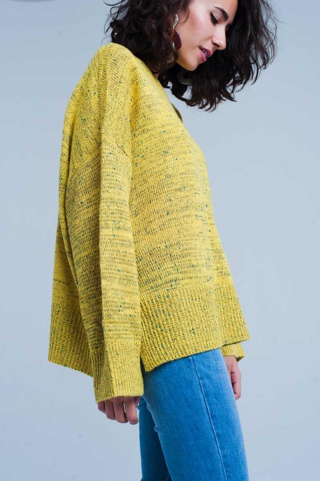 mustard Ruimvallende trui in gespikkeld breisel
