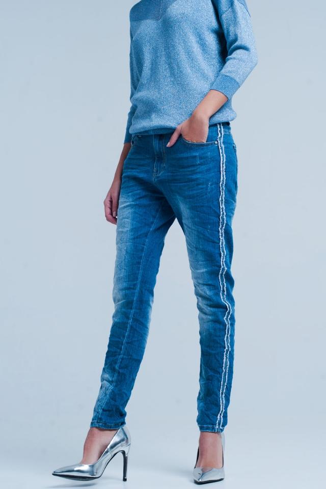 Blauwe Jeans met Gerafelde Zijstreep
