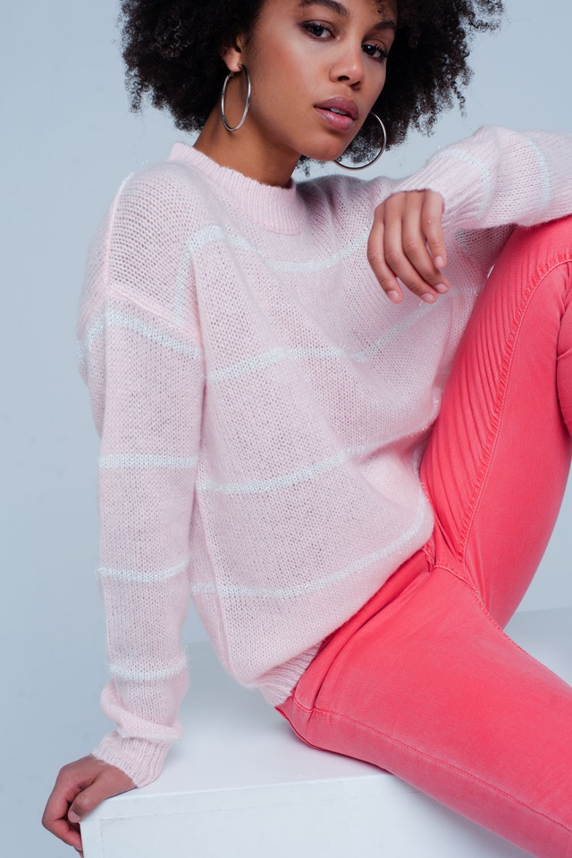 Roze Gestreepte Sweater met Hooggesloten Hals