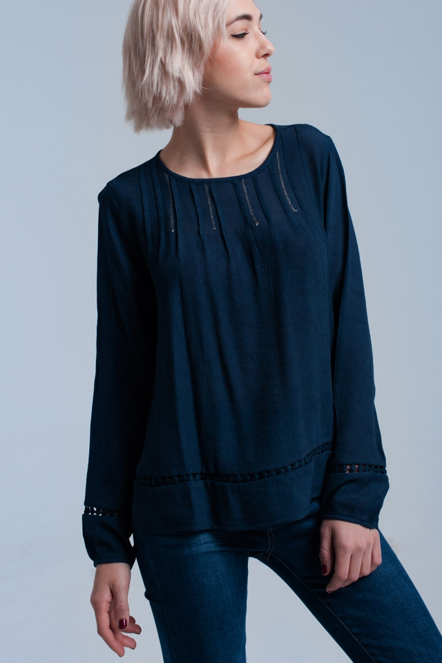Navy pleated shirt with crochet