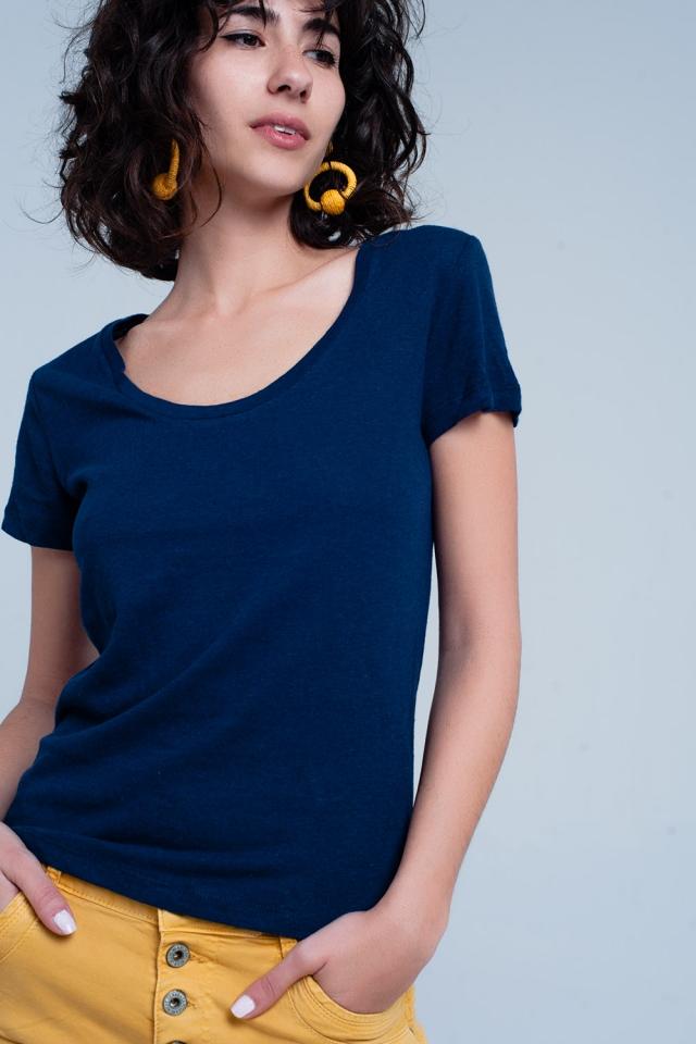 Marineblauw T-shirt met wijde hals