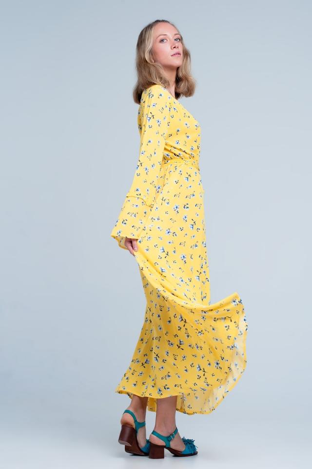 Gele wikkeljurk met bloemenprint
