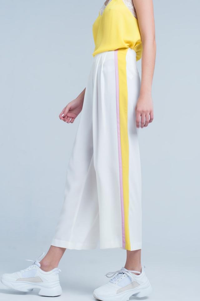 Witte broek met strepen