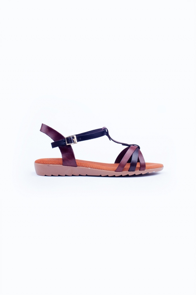 Bruine dikke platte sandalen