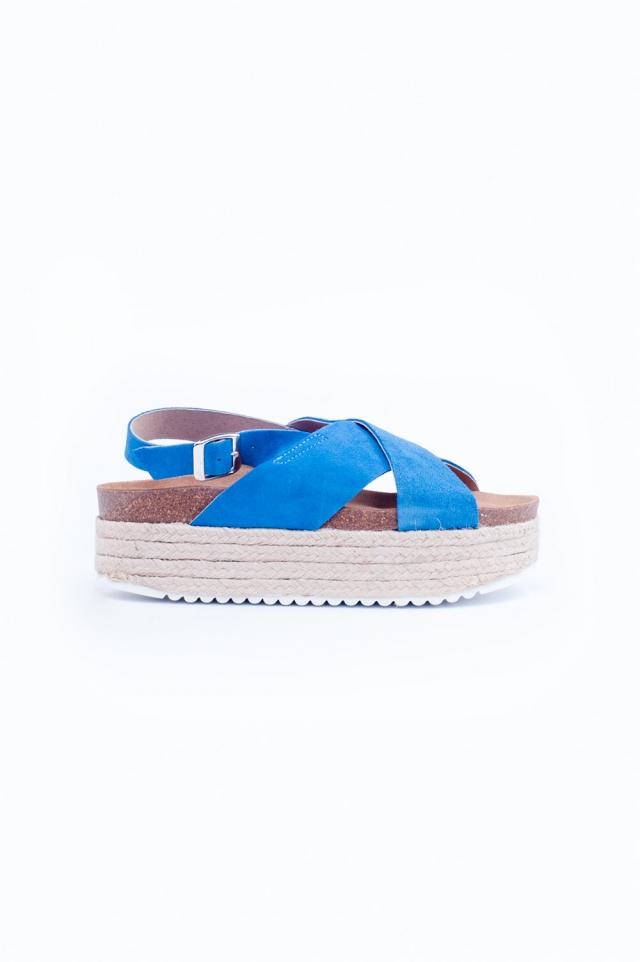 Espadrille sandalen met gekruiste banden