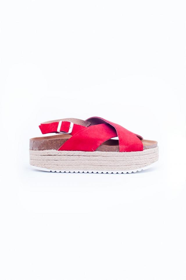 Espadrille sandalen met gekruiste banden in roze