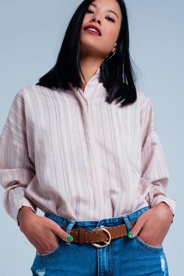Roze blouse met dunne zwarte lijnen