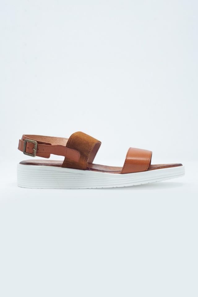 Kameel gekleurde sandalen met enkelbevestiging