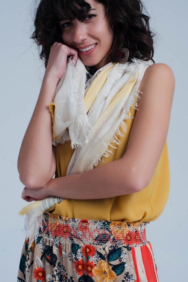 Gele gestreepte sjaal
