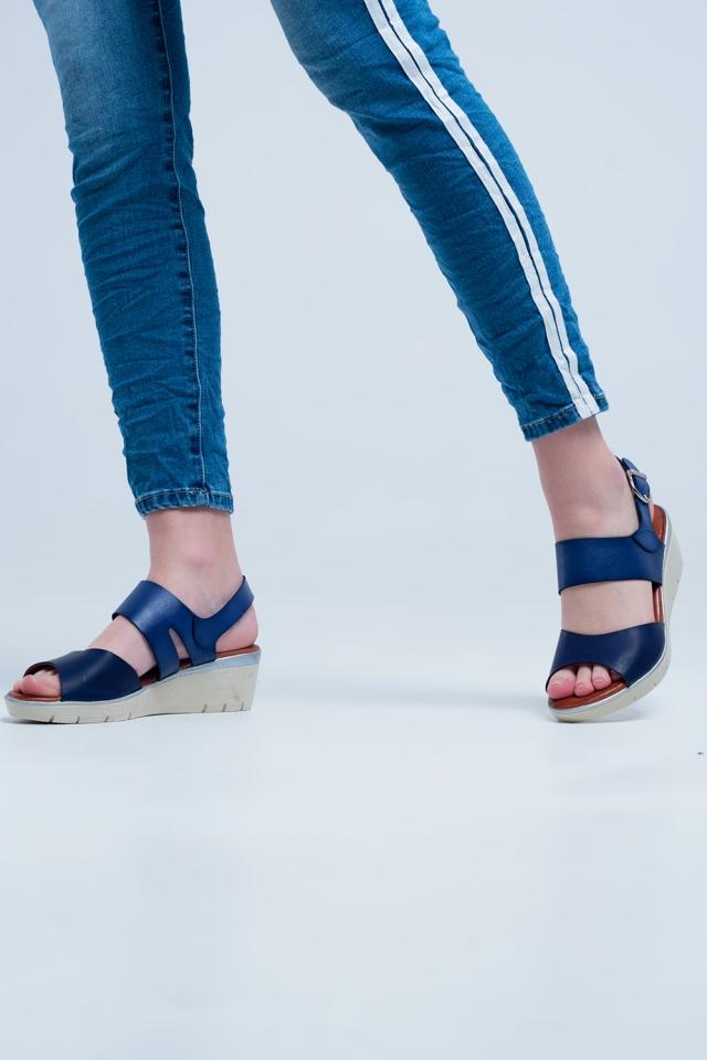 marine gekleurde wig sandalen