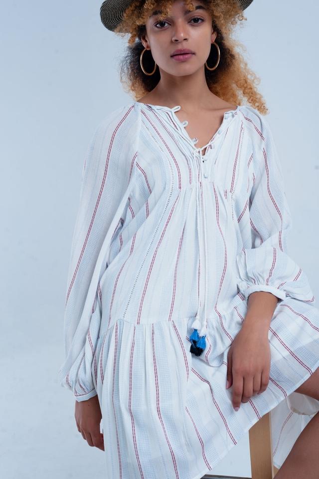 Witte losse jurk met strepen