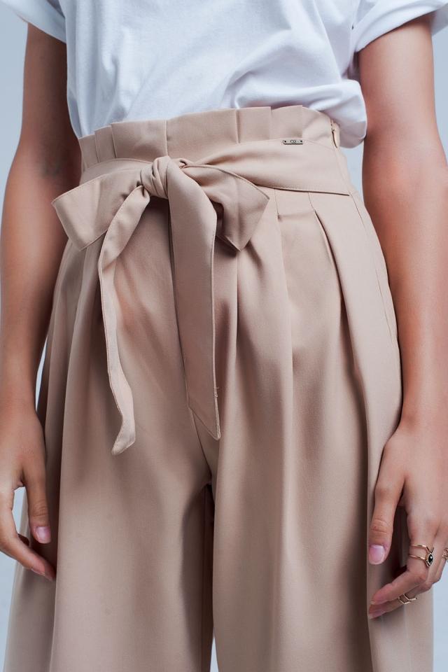 Beige wijde pijpen broek met plooi detail paperbag