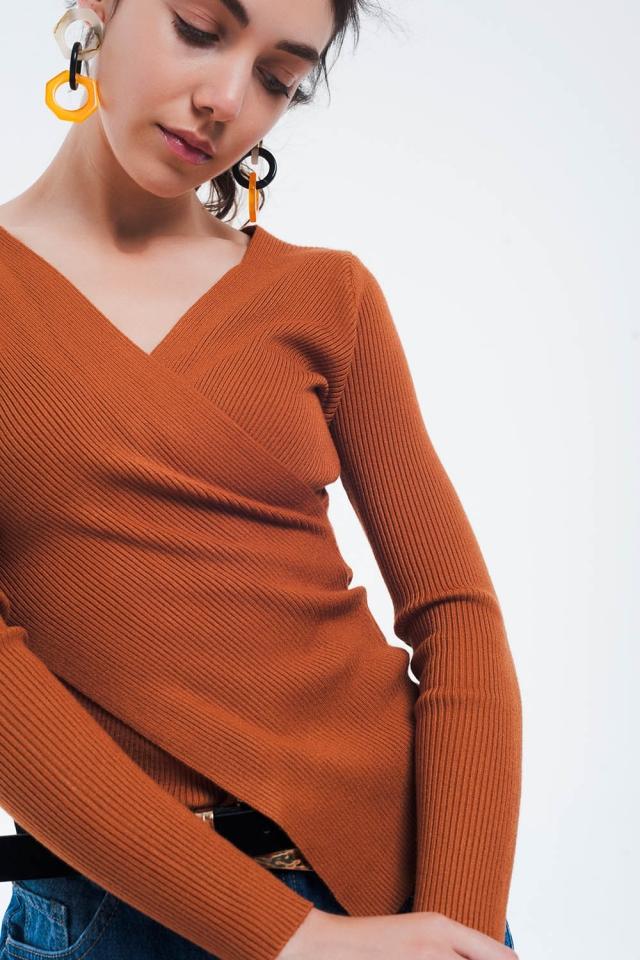 Camel geribbelde overslag sweater met V-hals