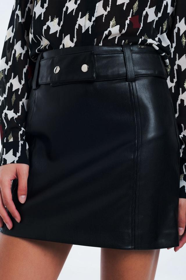 Mini zwarte rok van kunstleer