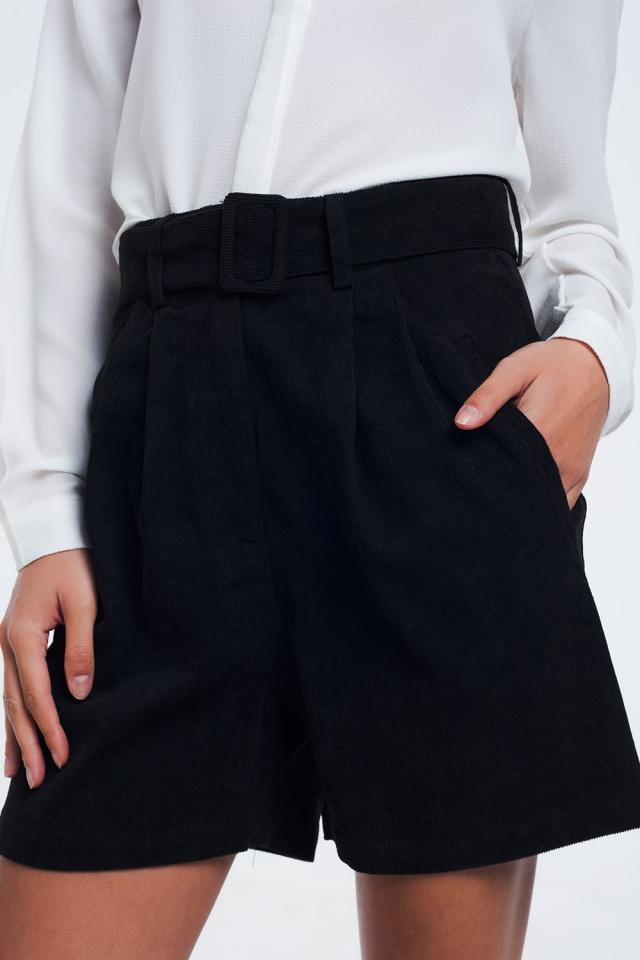 Zwarte geribbelde shorts met riem