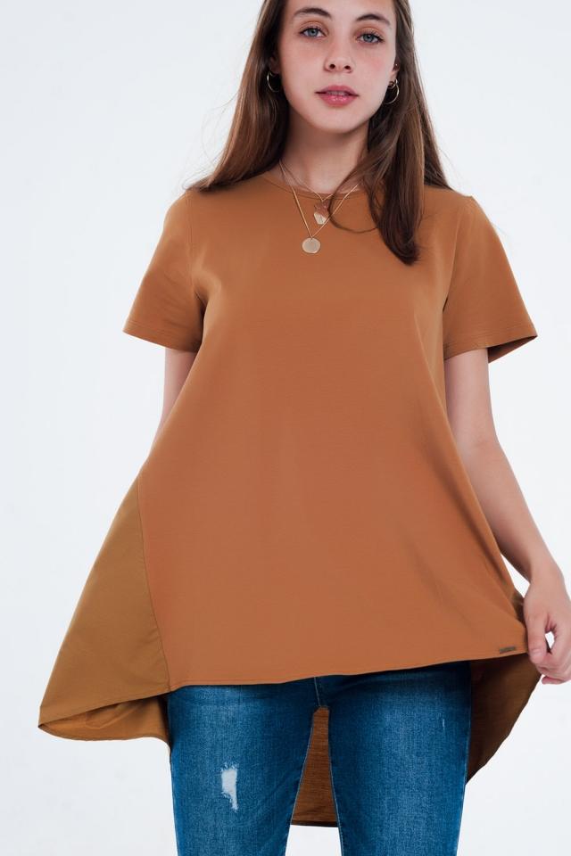 T-shirtjurk in bruin