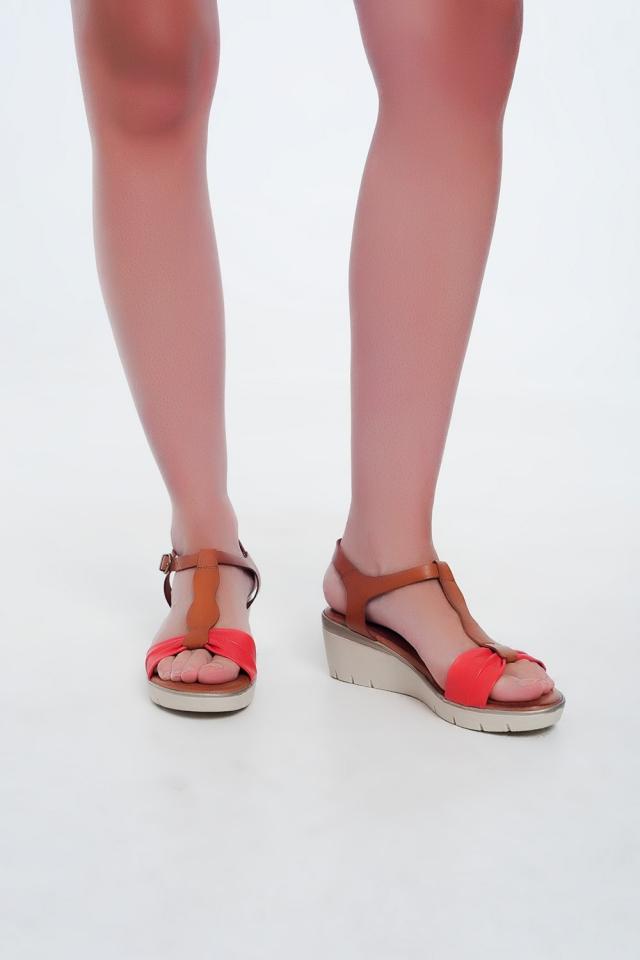 Red-kameel kleurige wig sandalen