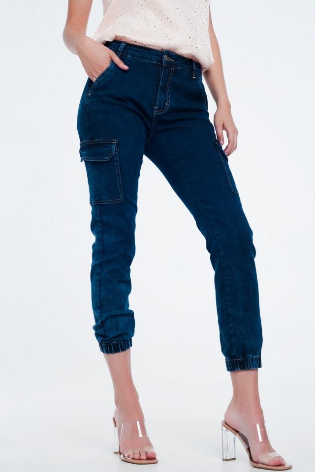 jeans in marineblauw met cargozakken