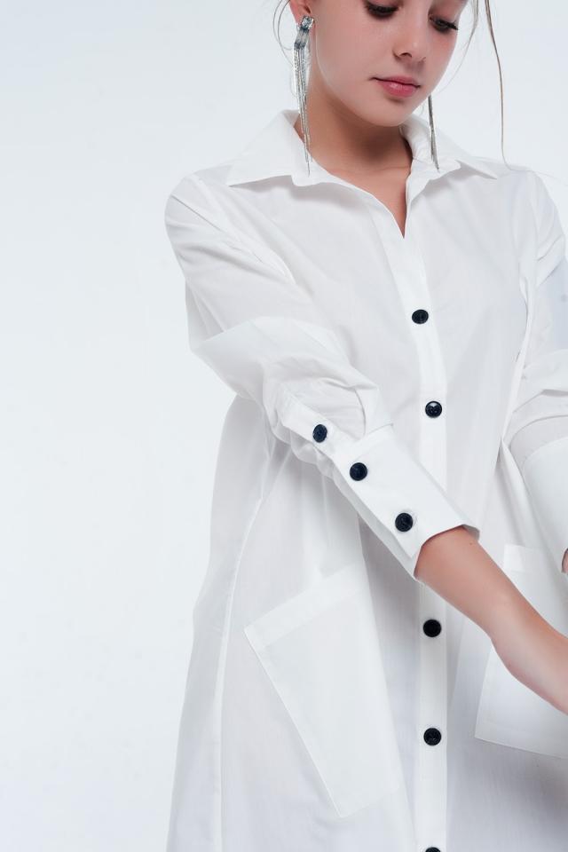 Halflange utility-overhemdjurk met zakken in wit