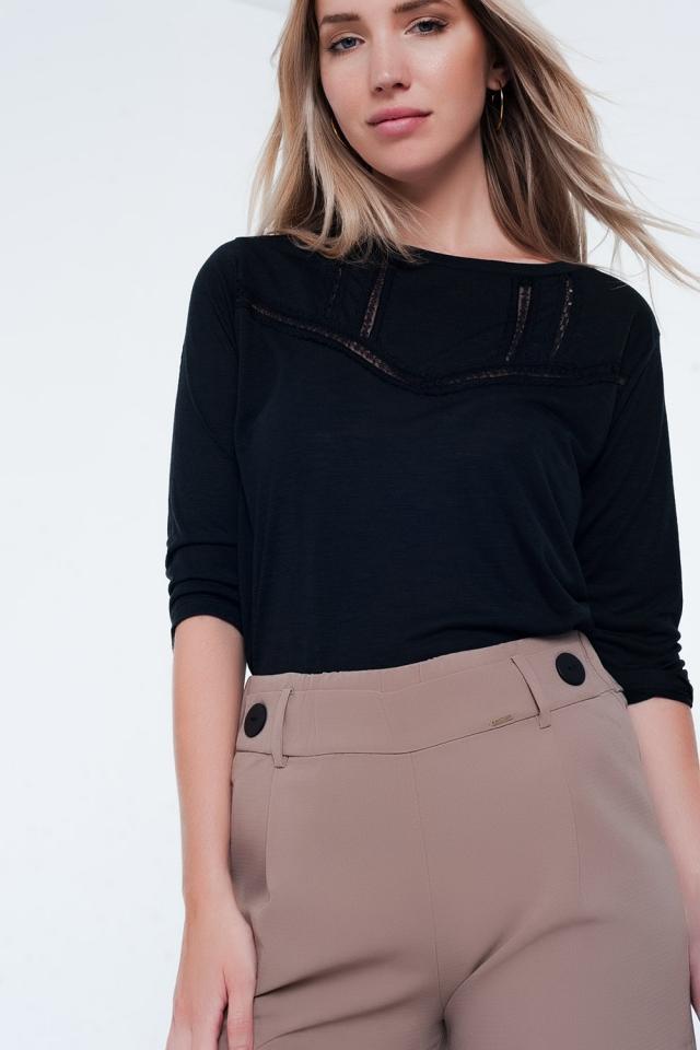 Zwart T-shirt met kanten boord