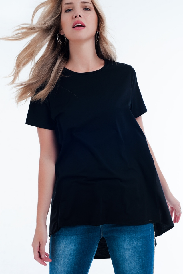 T-shirtjurk in zwart