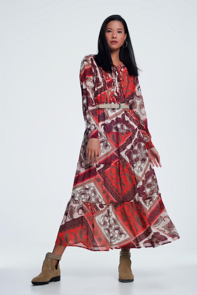 Aangerimpelde maxi-jurk met lagen en paisleyprint in oranje