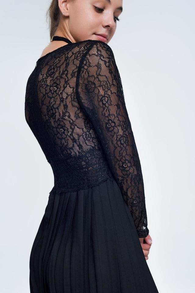 Zwarte Midi-jurk met met lange mouwen kanten lijfje en geplooide rok