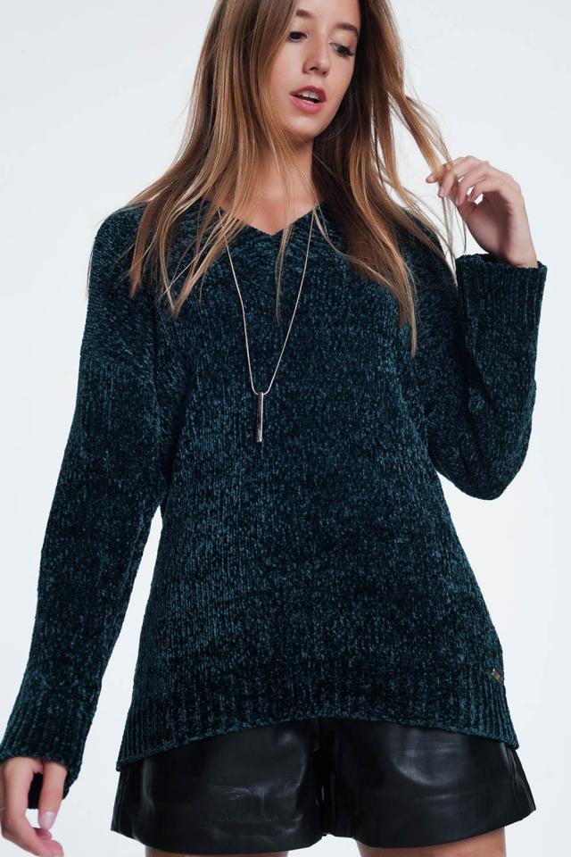 Lange trui in het groen met lange mouwen en v-hals