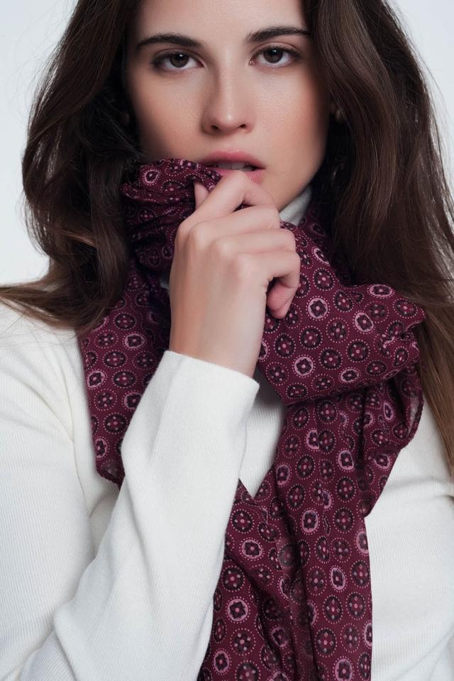 Donkerbruine sjaal met print