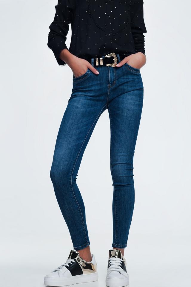 Blauwe skinny jeans in halfdonkere wassing