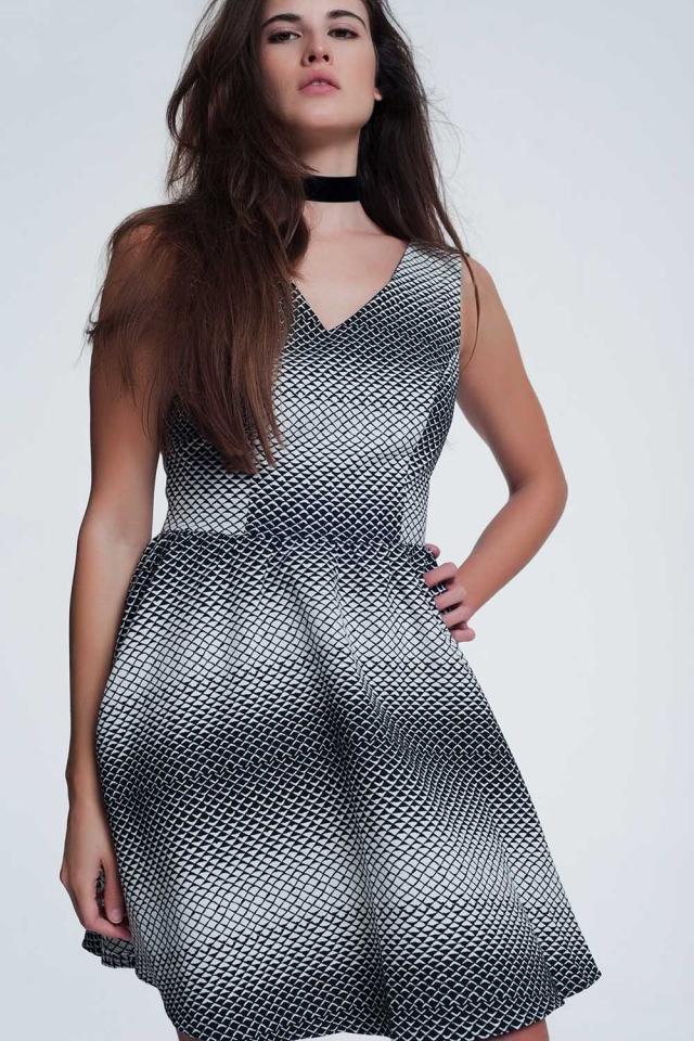 Zwarte mini-jurk met witte print