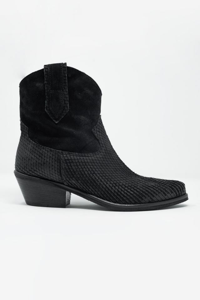 Western boots met brede pasvorm en zwarte krokodillenprint