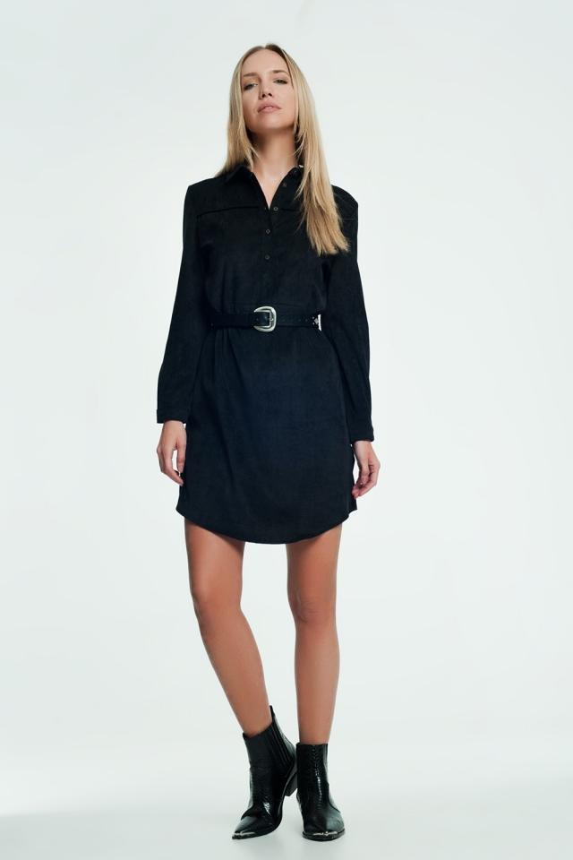 Zwart kleurige mini jurk met knoopafsluiting