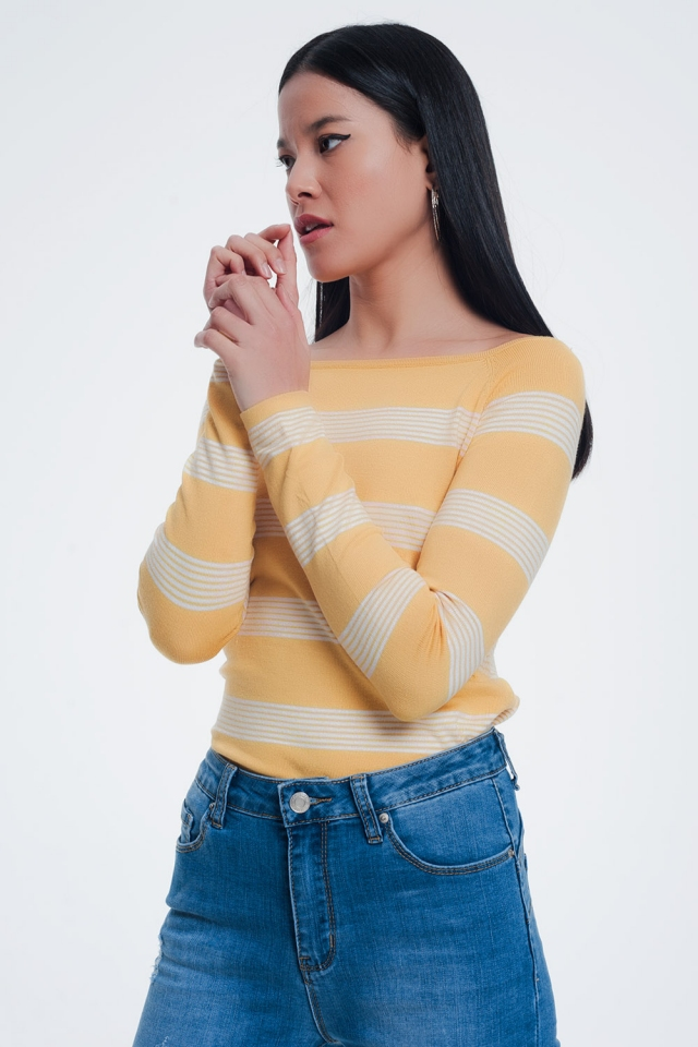 Geel gestreepte trui met boothals