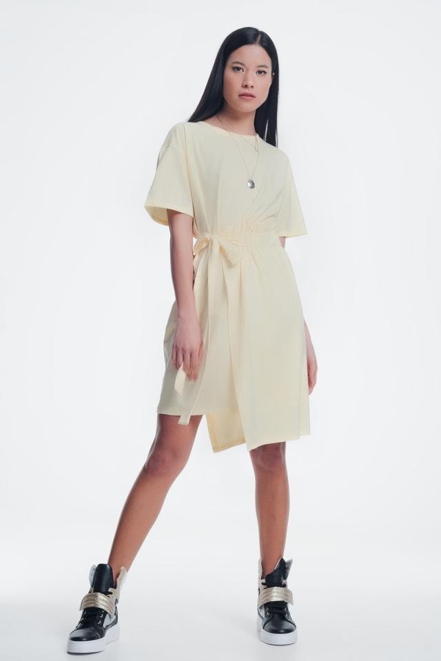 Gele jurk met elastische zijband