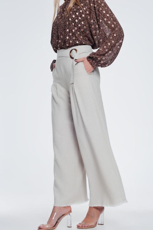Broek met hoge taille en riem en wijde pijpen