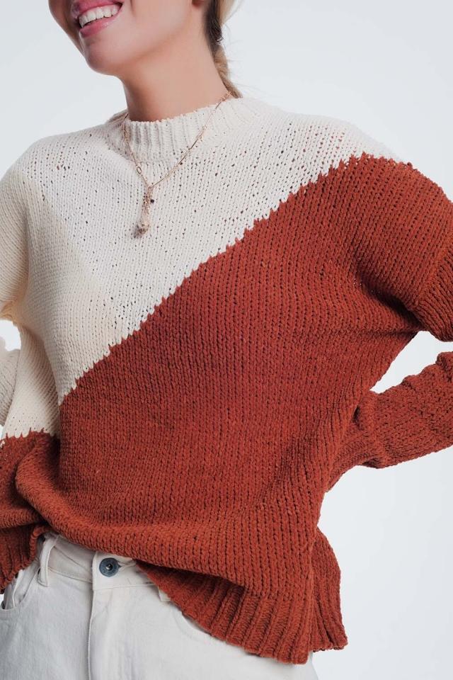 bruine trui met kleurvlakken