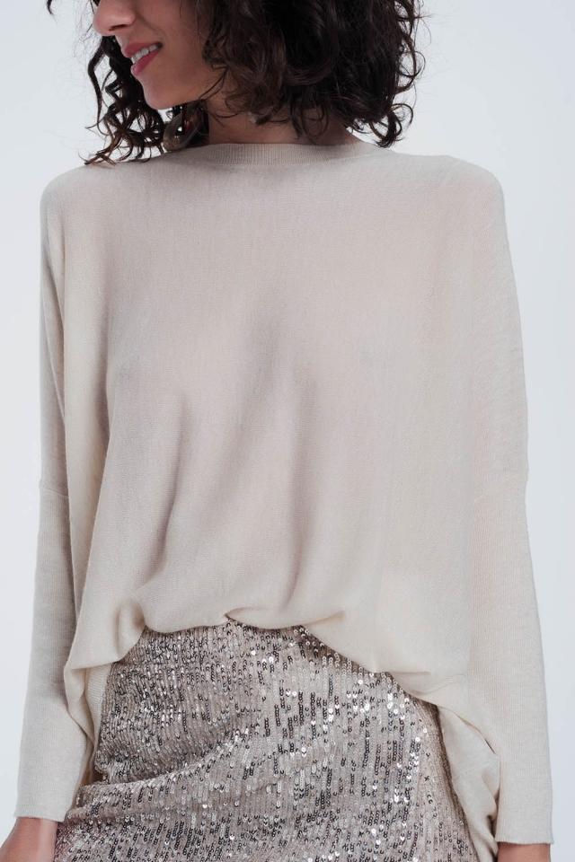 beige trui met strakke mouwen met ronde hals