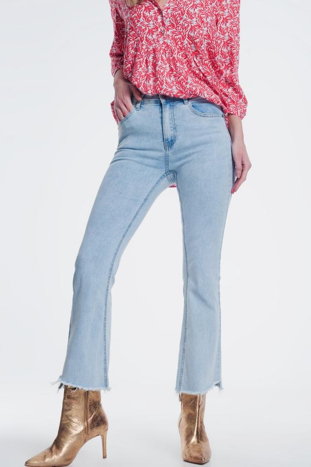 Rechte jeans in licht denim met wijde enkels