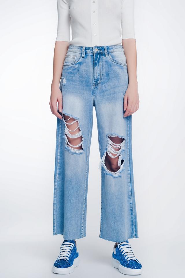 Cropped jeans met wijde pijpen en onafgewerkte zoom in lichtblauw