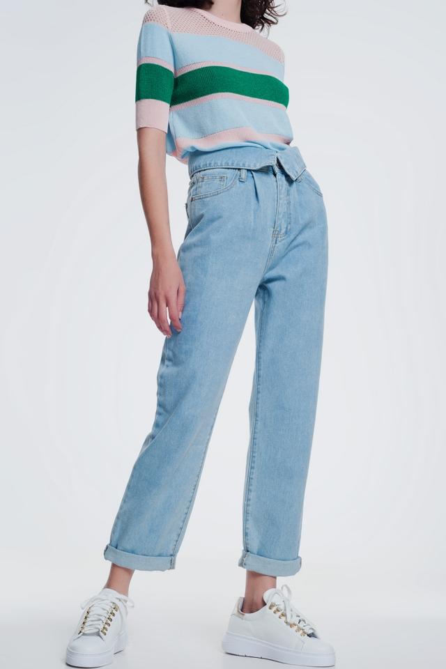 Licht denim rechte jeans met gevouwen taille