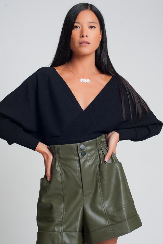 Gebreide trui met omgeslagen V-hals in zwart