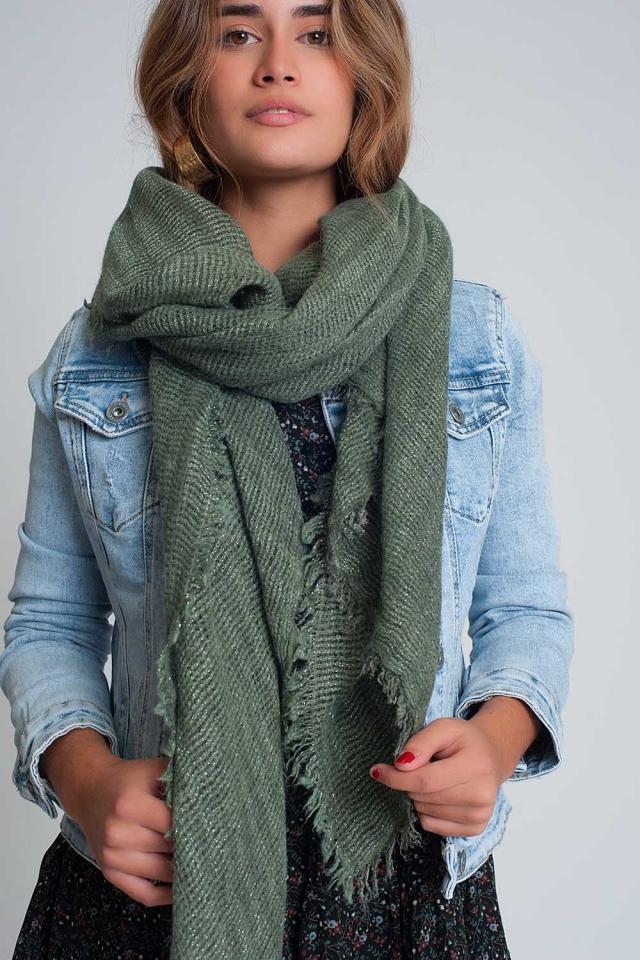 Lichtgewicht gebreide sjaal in groen