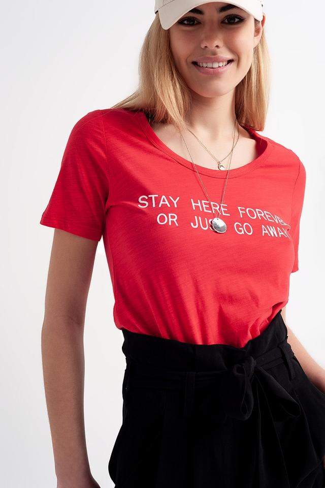 T-shirt met print op de borst in rood
