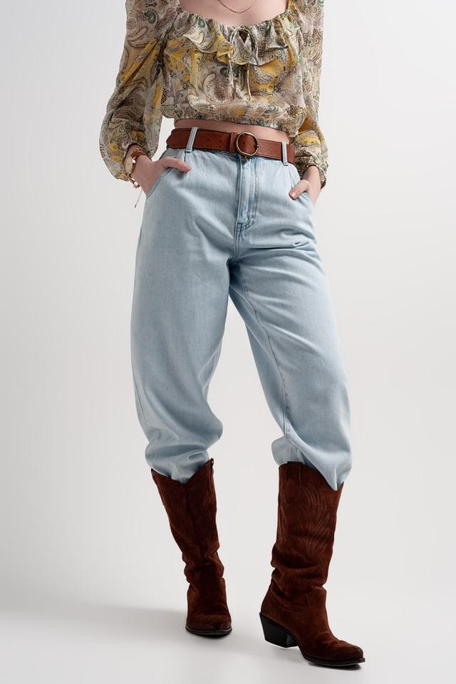 Soepelvallende mom jeans met hoge taille in lichte wassing