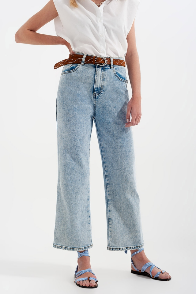 Jeans met hoge taille en wijde pijpen in gebleekte wassing